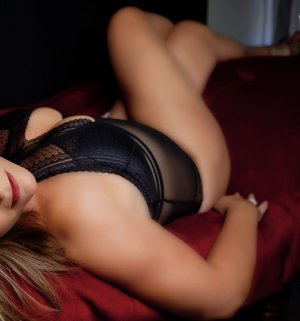 Maria-isabelle sex dating in Mount Pleasant Michigan
